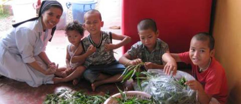 Orfanato en Mae Sot (Tailandia)