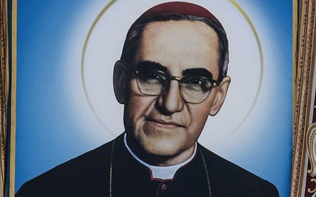 """""""Tu pueblo te hizo Santo. San Romero"""""""